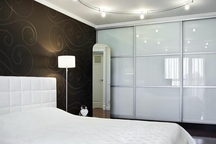 armoire-2-portes-coulissantes-pour-vivre-bien-et-heureux-resized