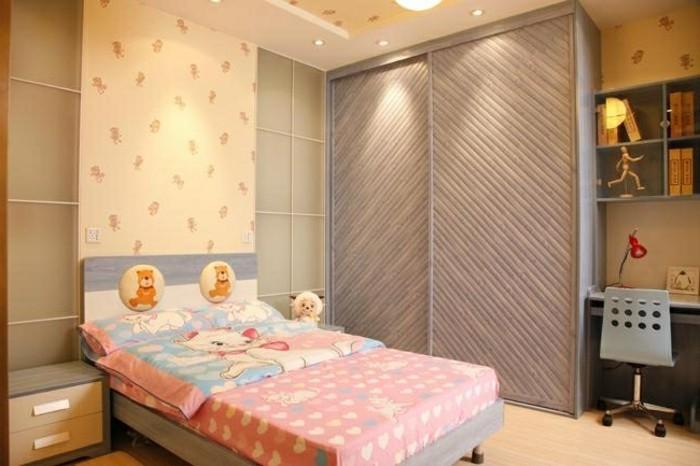 armoire-2-portes-coulissantes-qui-fait-vibrer-resized