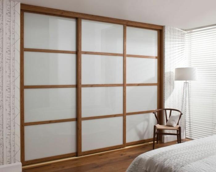 armoire-2-portes-coulissantes-qui-met-tout-en-place-resized