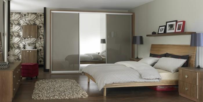 armoire-2-portes-coulissantes-valise-et-tabouret-rouge-resized