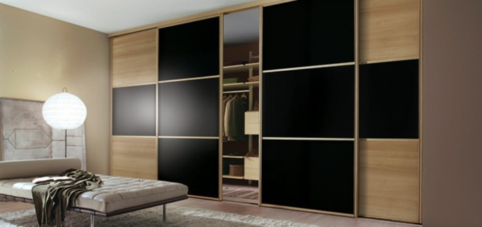 armoire-2-portes-coulisssantes-en-PVC-beige-clair-et-beige-foncé-resized