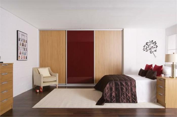 armoires-portes-coulissantes-marron-clair-grandes-spcieuses-resized