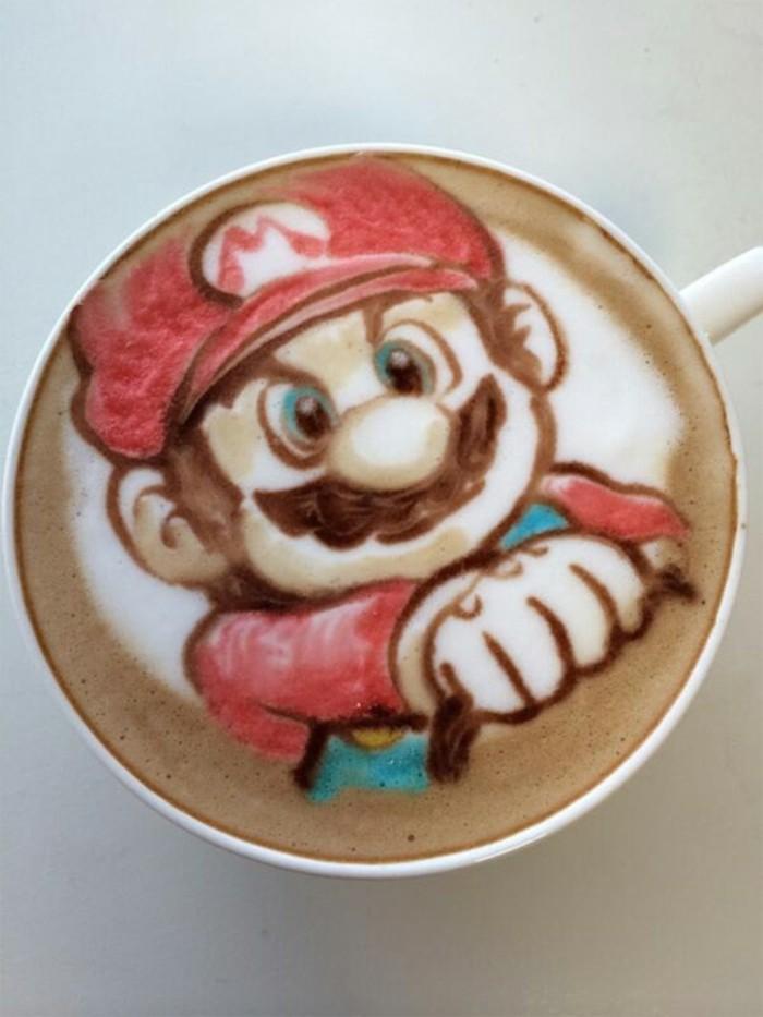 art-sur-café-latte-recette-café-frappé-peinture-de-crème-frais-super-mario-recette-idée-originale
