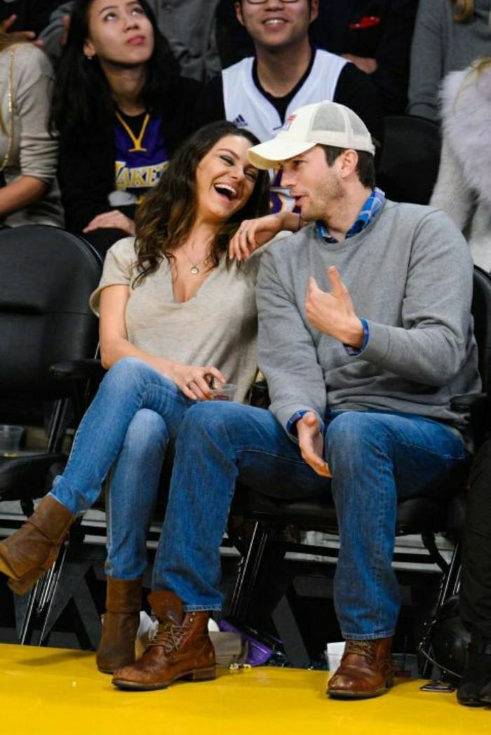 ashton-kutcher-et-mila-kunis-les-duo-stars-les-couples-amoureux-fameux