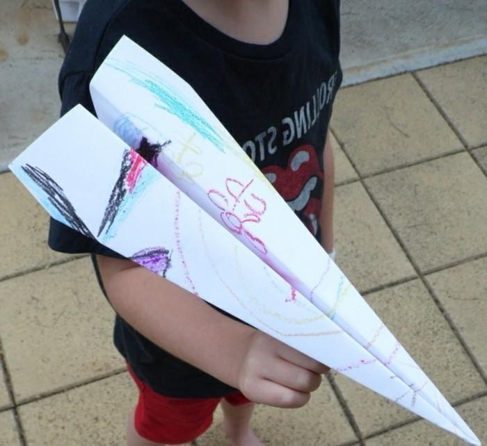 avion-origami-pliage-avion-papier-avion-en-papier-pliage