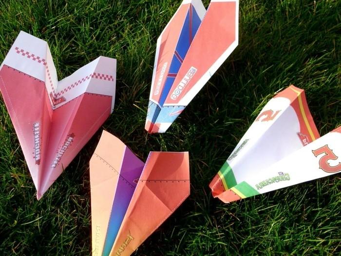 avions-en-papier-comment-faire-des-avions-en-papier-pliage-de-papier