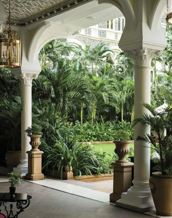 beau-design-d-extérieur-la-maison-coloniale-extérieur-jardin-cloture