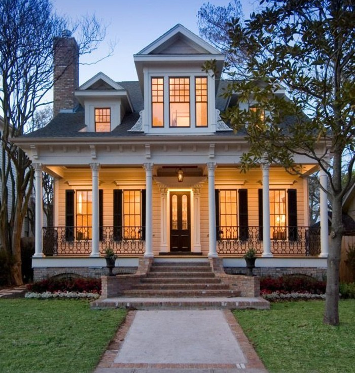 La maison coloniale en 60 photos magnifiques Southern charm house plans