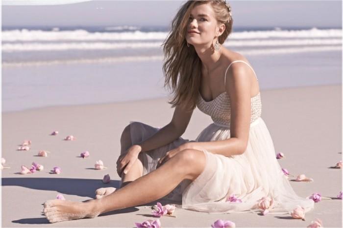 belle-tunique-plage-robe-de-plage-cool-chic-idée-une-robe-de-mariée-plage