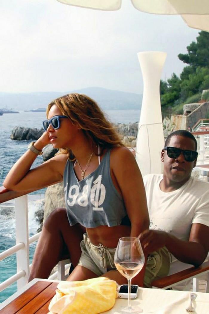 beyonce-et-jay-sur-la-scene-les-plus-celebres-couples-de-hollywood-jay-z-et-beyonce