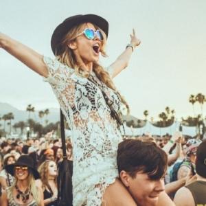 Coachella style - quelle tenue choisir pour être festive et cool!