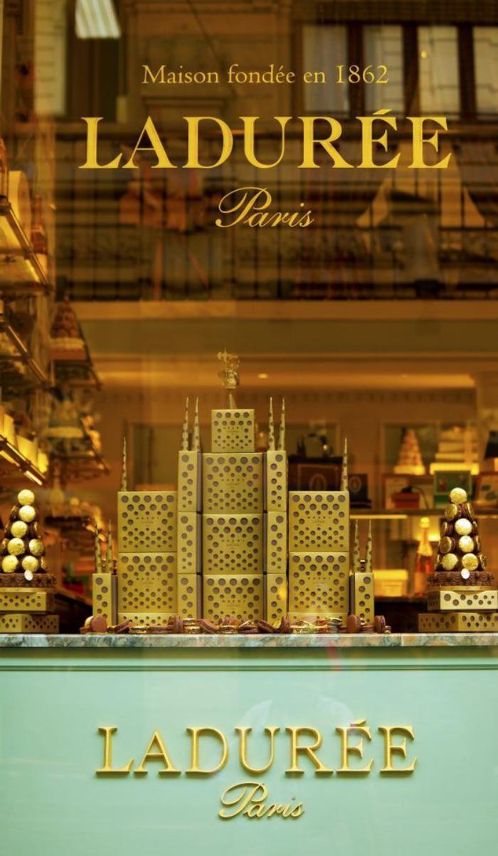 boutique-ladurée-style-et-tradition-de-la-maison-ladurée
