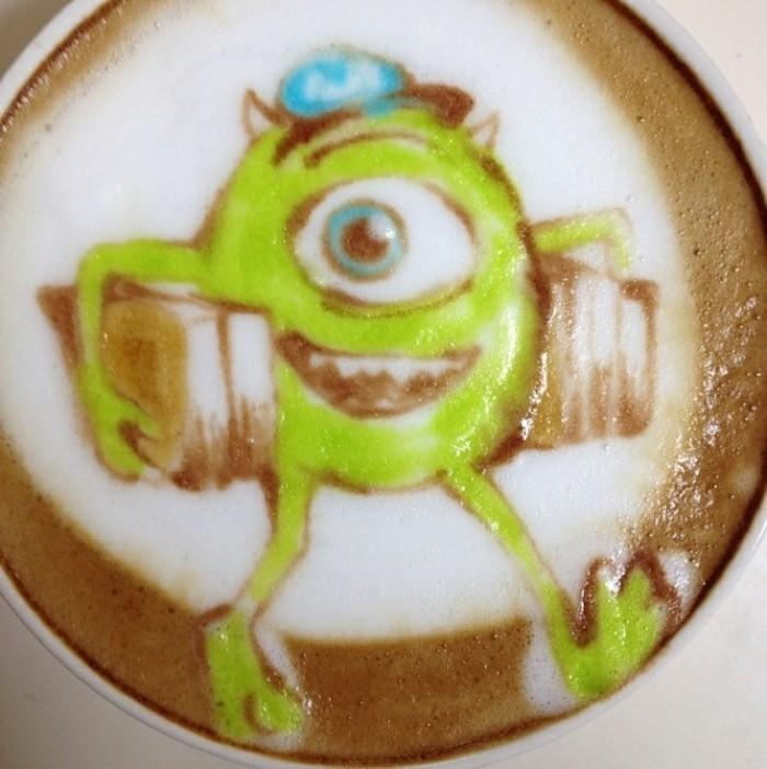 café-latte-spécialiste-du-café-matin-latté-art-monstres-et-co