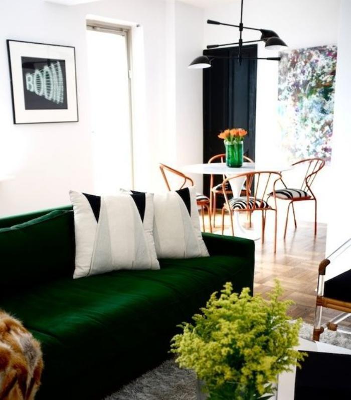 canapé-vert-espace-salon-et-salle-à-manger
