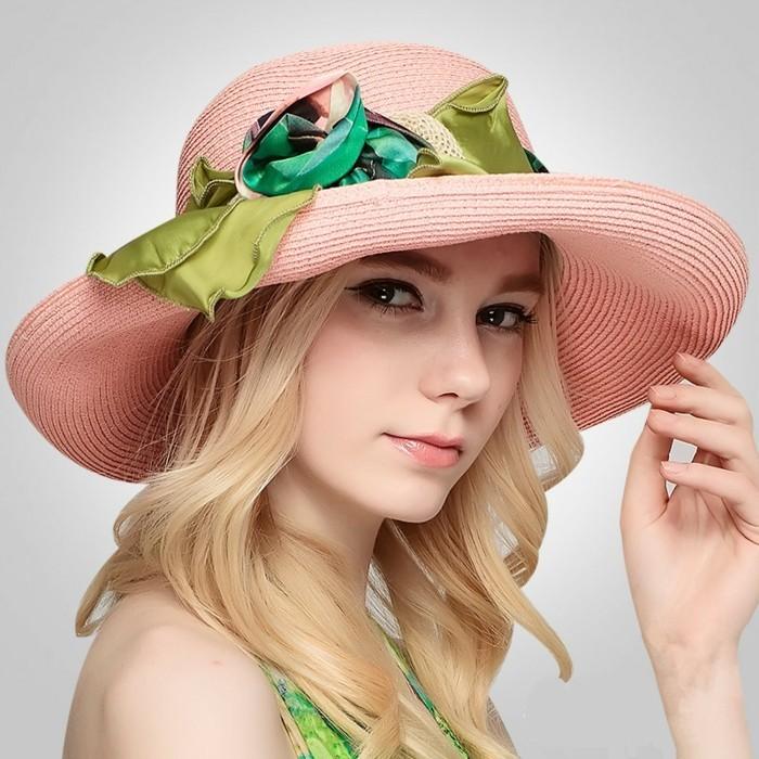 chapeau-femme-ete-echarpe-comme-decoration-resized
