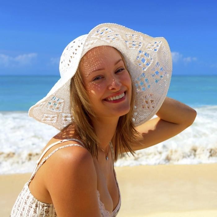 chapeau-femme-ete-tout-blanc-ajoure-resized