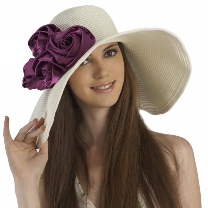 chapeau-tendance-paille-aux-fleurs-de-tissu-resized