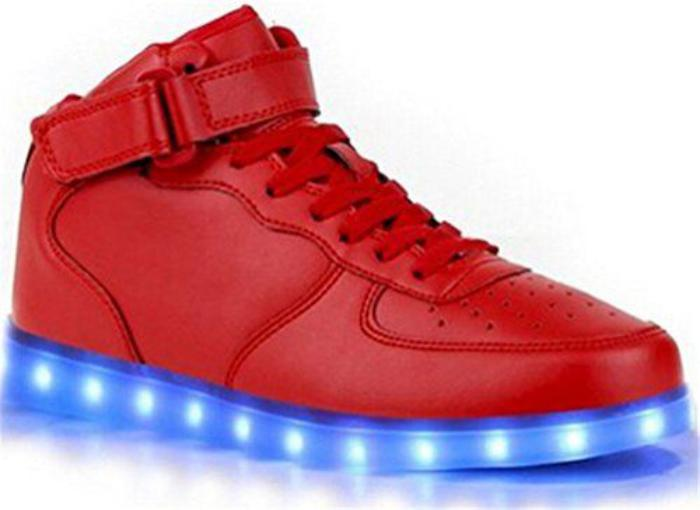 chaussures-lumineuses-baskets-rouges-semelle-lumineuse
