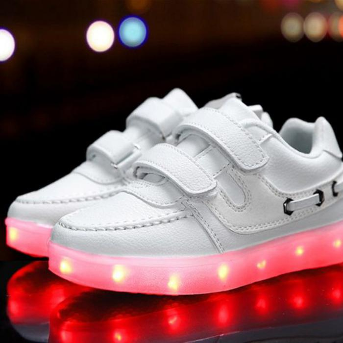 chaussures-lumineuses-clignotantes-baskets-led-rechargeables