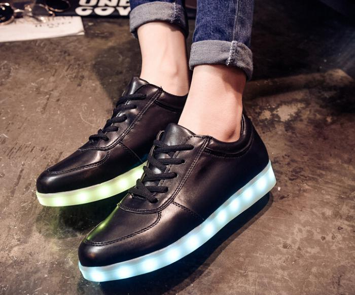 chaussures-lumineuses-lumières-led-rechargeable