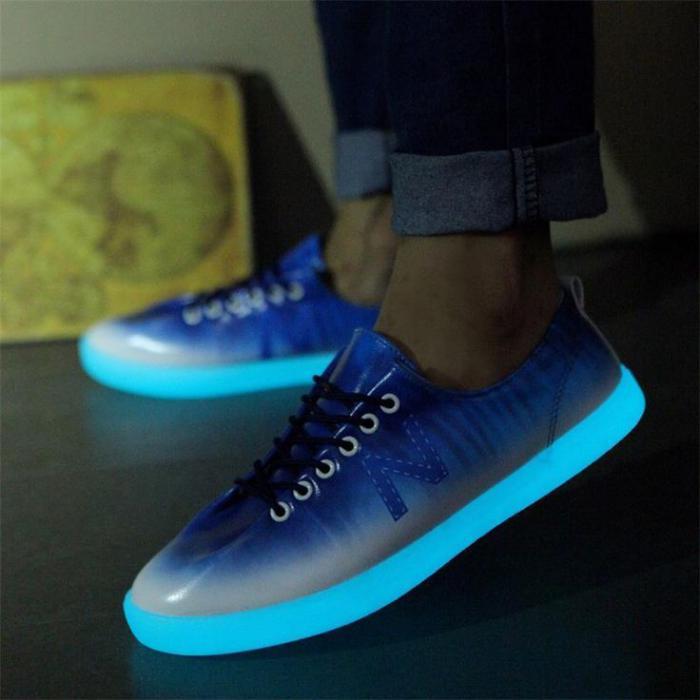 chaussures-lumineuses-modèle-épuré-et-élégant