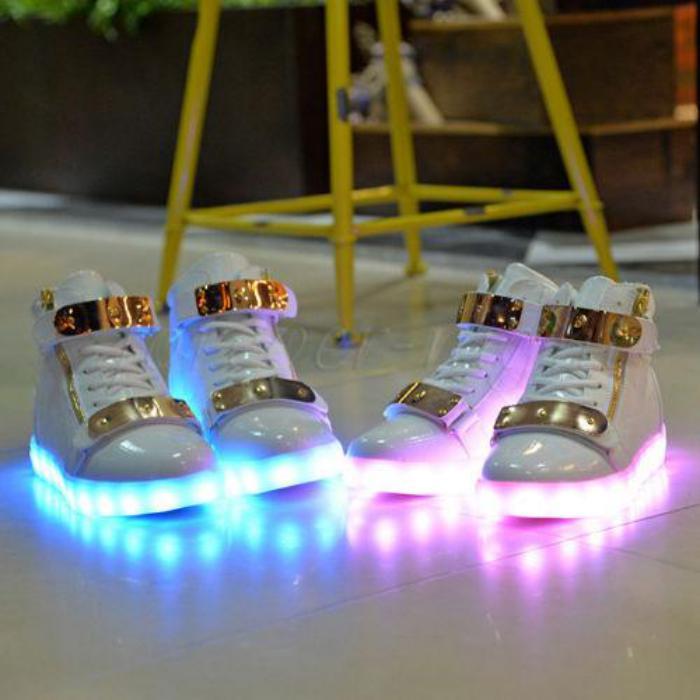 chaussures-lumineuses-modèle-coquet-plates-clignotantes