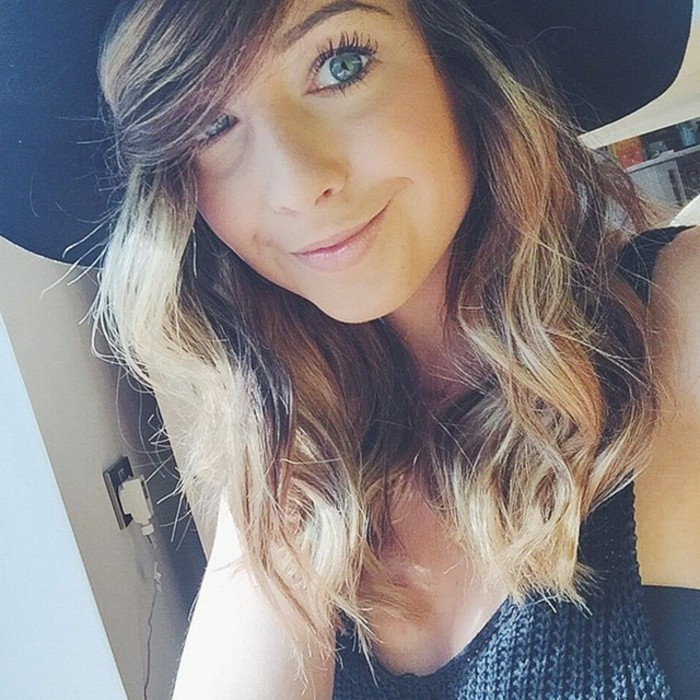 cheveux-balayage-sur-brune-coloration-caramel-zoe