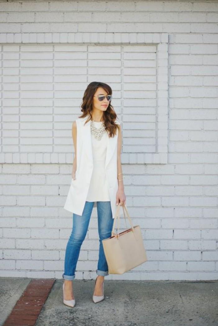 chic-en-blanc-formidable-gilet-long-sans-manche-femme-à-la-mode-jean