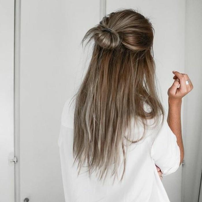 chignon-joli-petit-chignon-coiffures-femme-coiffure-d-été-2016-tendance-coiffure-2016