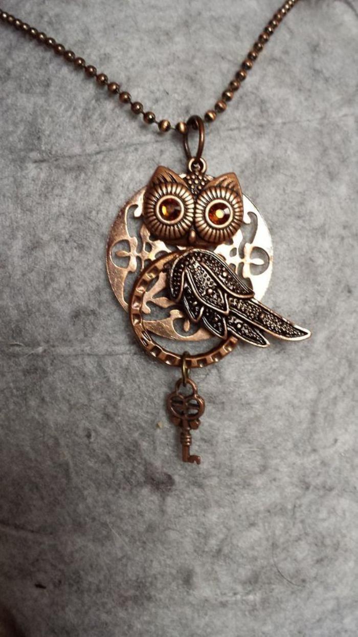 collier-hibou-bijoux-métalliques-uniques