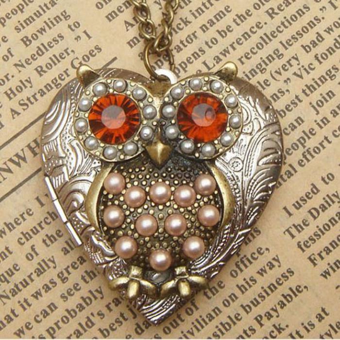 collier-hibou-coeur-argent-et-pierres-rouges