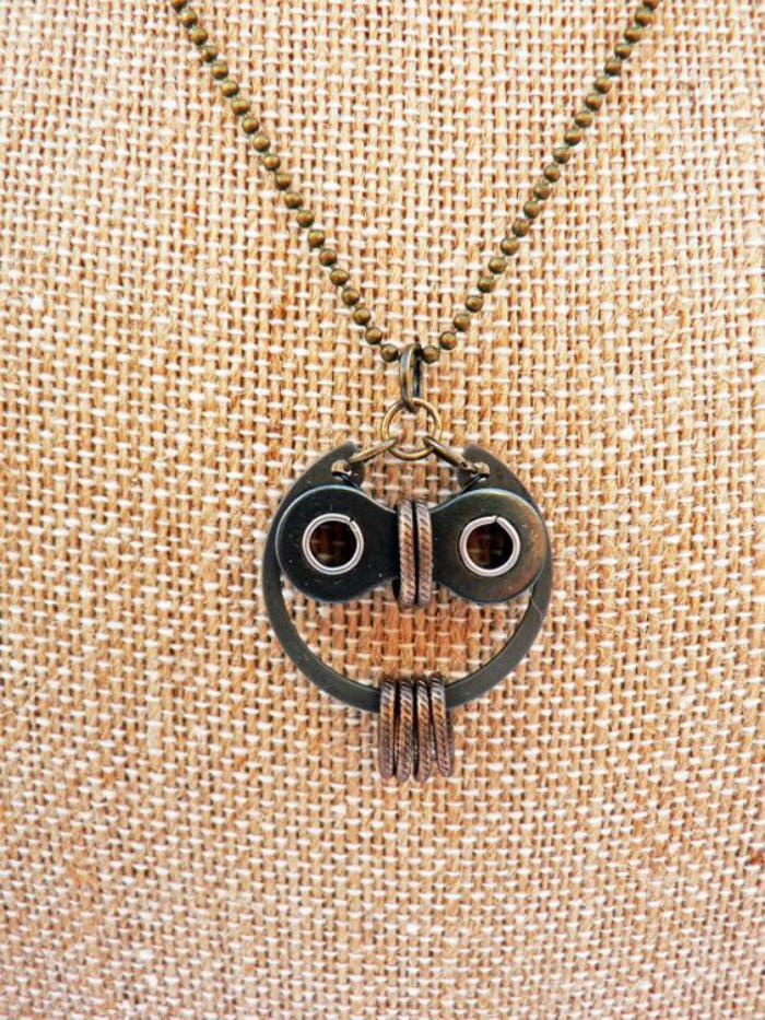 collier-hibou-création-artistique-sautoir-chouette