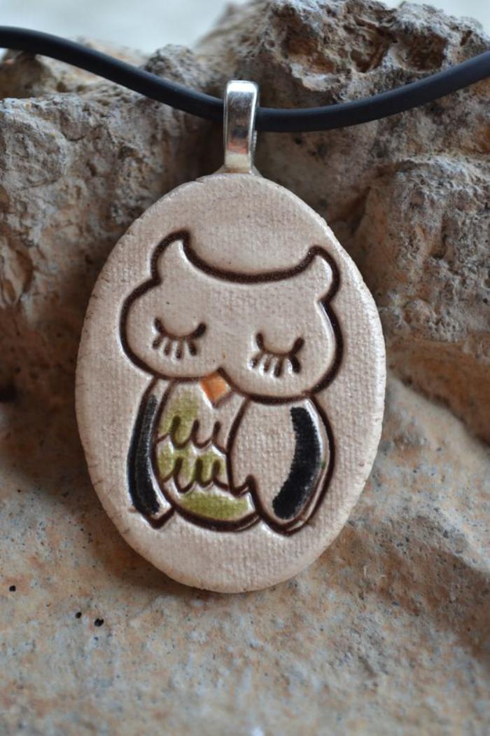 collier-hibou-endormi-céramique