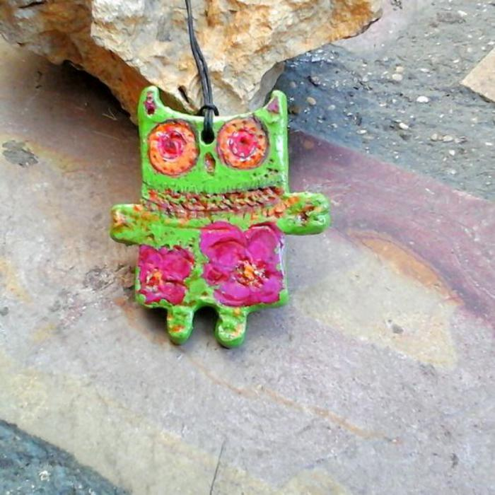 collier-hibou-pendentif-coloré-chouette-amusante