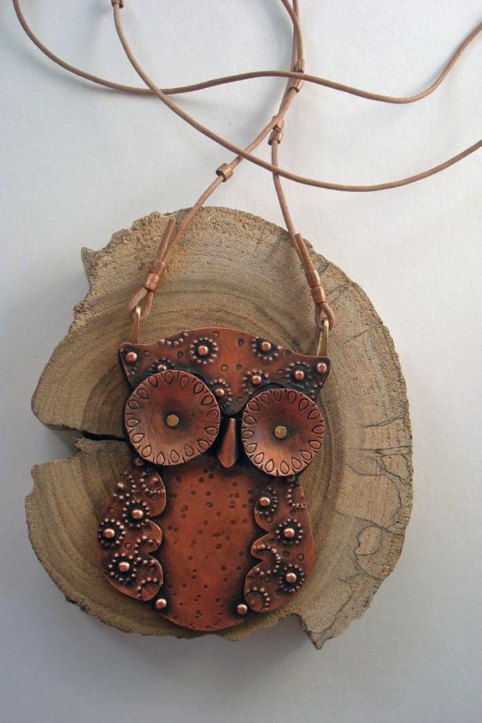 collier-hibou-sauoir-pendentif-chouette-en-bronze