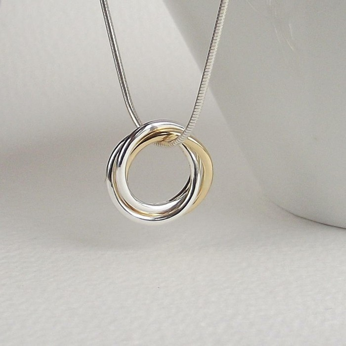 collier-or-femme-2-anneaux-romance-resized