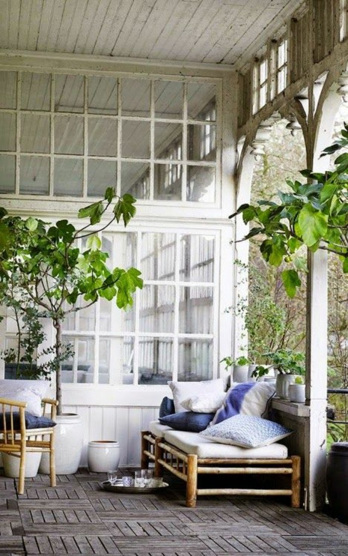 la maison coloniale en 60 photos magnifiques. Black Bedroom Furniture Sets. Home Design Ideas