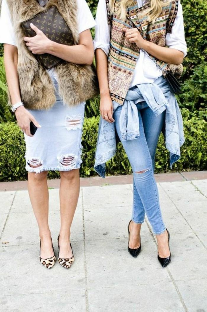 comment-porter-une-jupe-en-denim-design-déchiré-talons-hauts-sac-a-main-luis-viutton