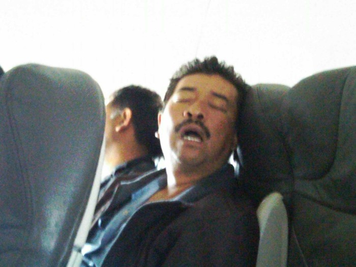 coussin-avion-oreiller-gonflable-de-voyage-oreiller-ergonomique-de-voyage
