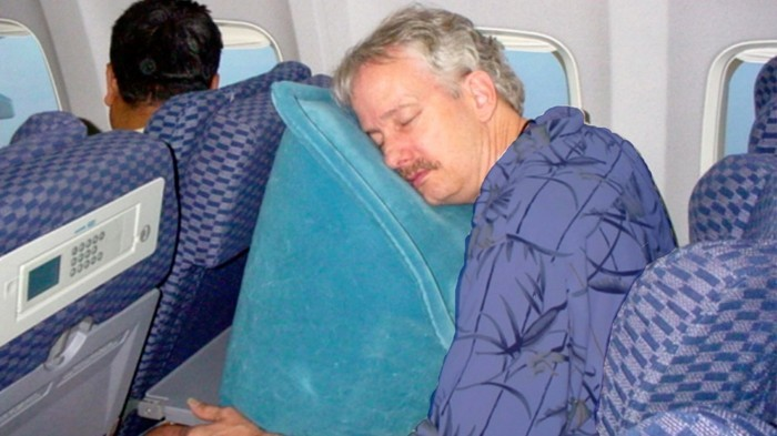oreiller avion Un oreiller de voyage   est t il vraiment nécessaire ?   Archzine.fr oreiller avion