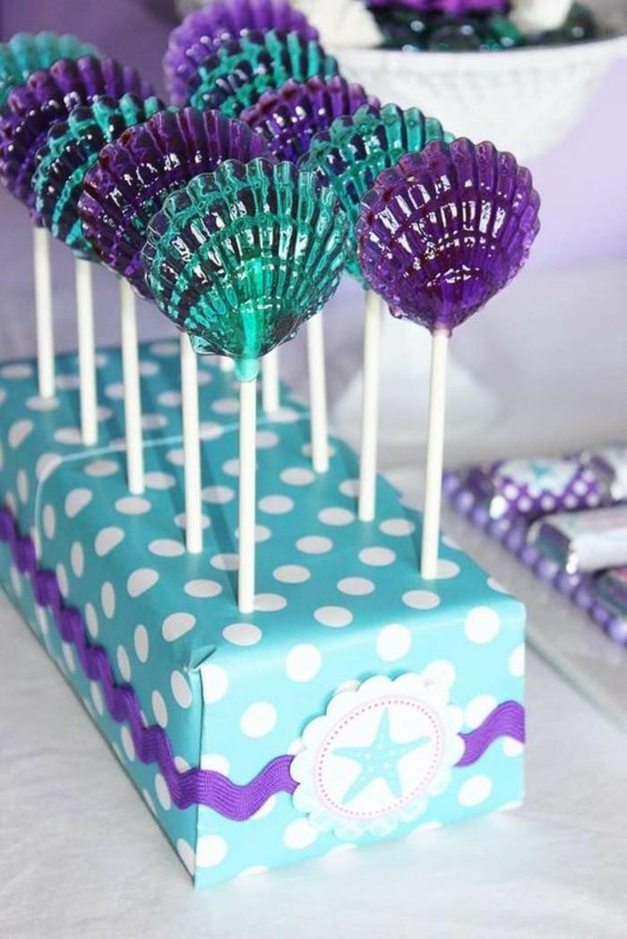déco-Ariel-la-petite-sirène-sucettes-bleues-idee-décoration-fête-anniversaire-ariel-sirene