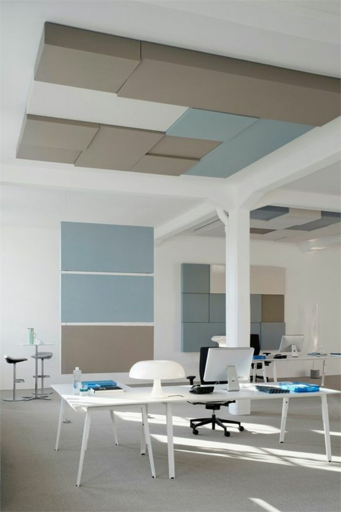 decoration-murale-avec-panneau-décoratif-beige-et-bleu-office-space-decoration