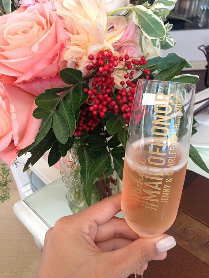 demande-témoin-mariage-élégante-pour-elle-et-lui-champagne-rose
