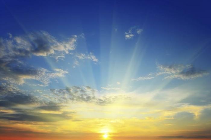 design-intérieur-éclairage-lampe-lumière-naturelle-le-soleil-lavant