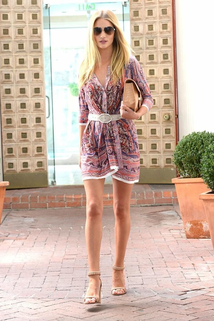 excelente-tenue-de-plage-femme-tunique-plage-femme-Rosie-Huntington