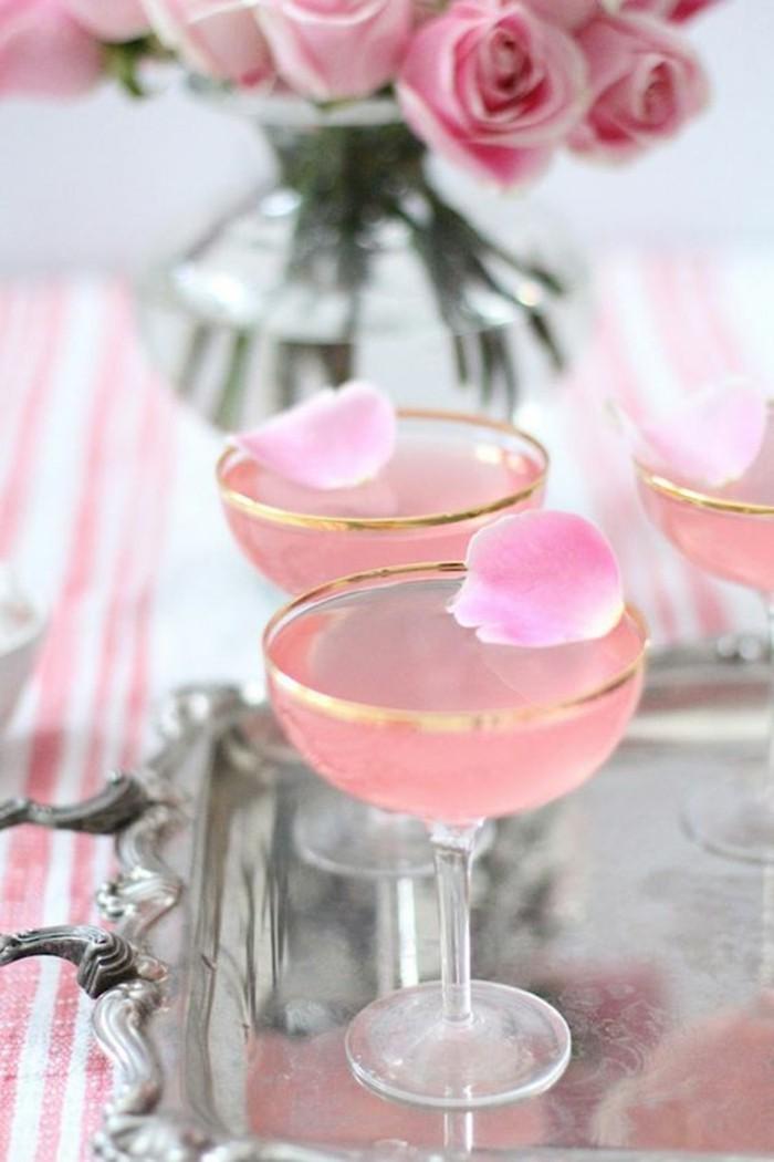 fete-anniversaire-décoration-gateau-anniversaire-cool-boisson-rose