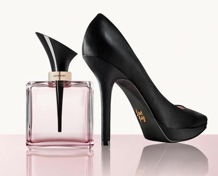 flacon-de-parfum-Love-Furry-talon-aiguille-resized