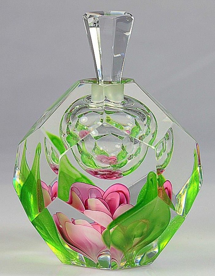 flacon-de-parfum-nature-eveillee-triumphante-resized