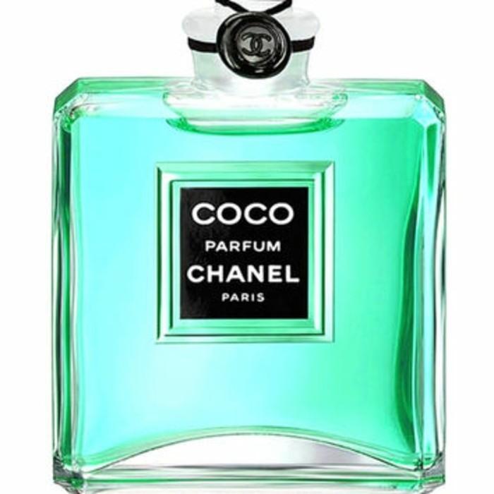 flacon-parfum-vert-grand-classique-numero-5-resized