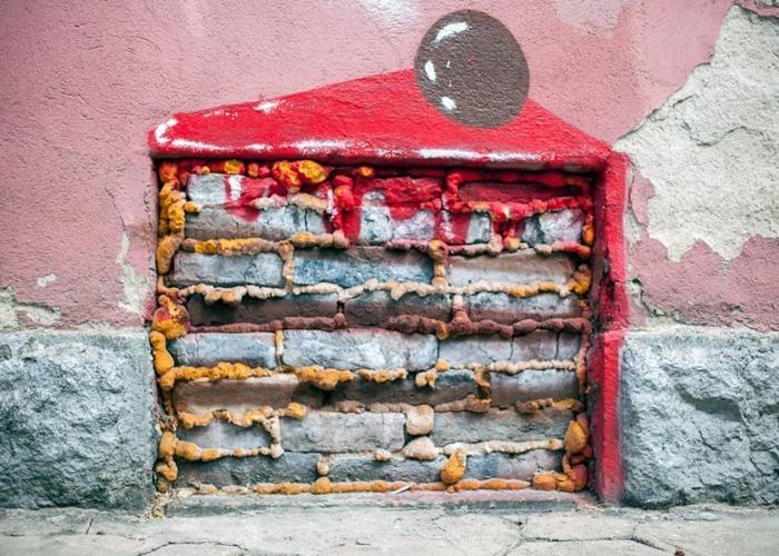 grafitti-street-art-de-sofia-bulgarie-gateau-originale-photo